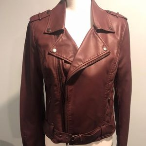 Faux leather jacket . Size M burgundy . New no tag